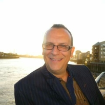 gavin-brown-by-thames-1